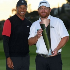 Tiger Woods a J.B. Holmes (Foto: GettyImages)